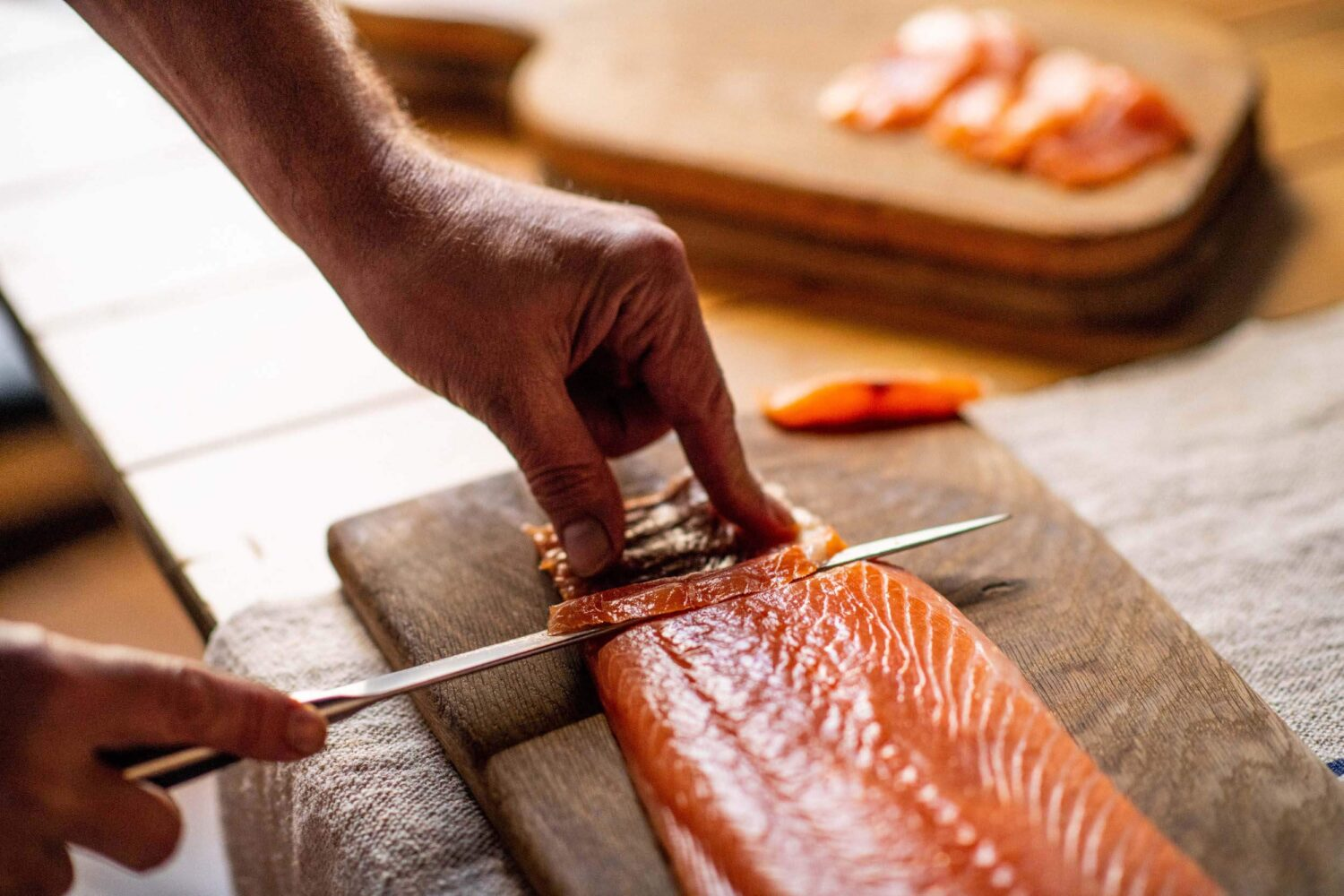 carving salmon
